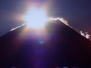 20160101初日の出ダイヤモンド富士(Tv)1.jpg